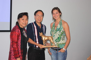 Vice-president of TRD Club Wipas Taweekittikul (The TRD of JD), Noi Noppacao (Noppakao TRD Kennel) & Irina Levchuk (ThaimLine Kennel)